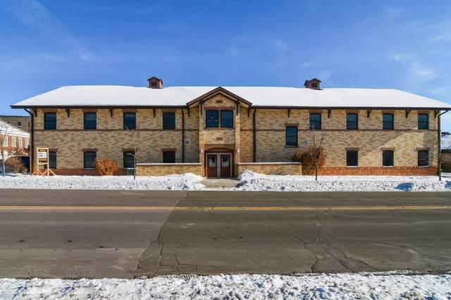 121 S Bristol Street, Sun Prairie, WI 53590 (#50217274) :: Symes Realty, LLC