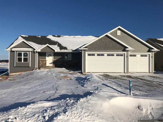 3720 Don Degroot Drive, Little Chute, WI 54140 (#50217294) :: Todd Wiese Homeselling System, Inc.