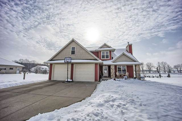 233 Ridgewood Drive, Gillett, WI 54124 (#50217311) :: Todd Wiese Homeselling System, Inc.