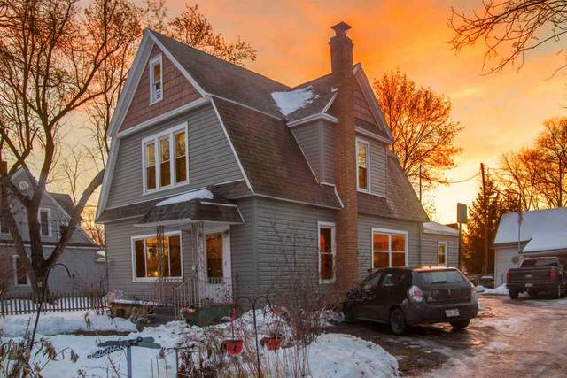 620 Division Street, Wild Rose, WI 54984 (#50217332) :: Todd Wiese Homeselling System, Inc.