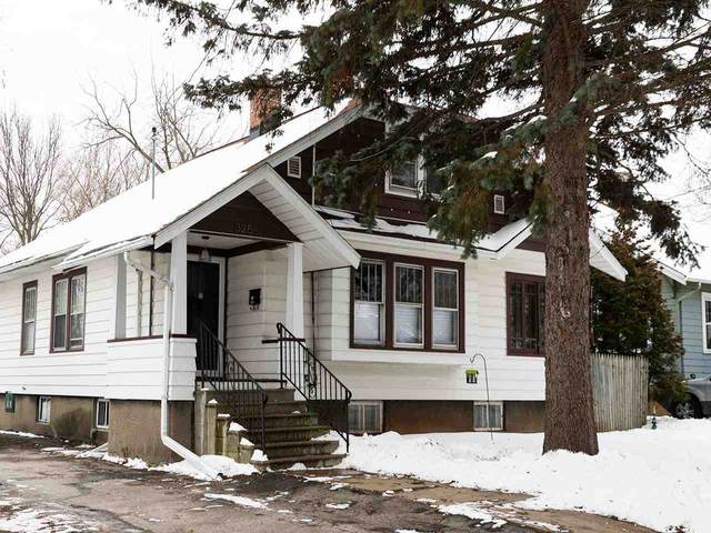 325 S Roosevelt Street, Green Bay, WI 54301 (#50217368) :: Symes Realty, LLC