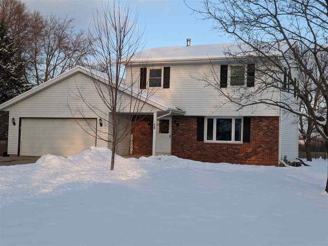 58 Barton Road, Oshkosh, WI 54904 (#50217413) :: Todd Wiese Homeselling System, Inc.