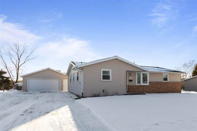 1814 St Agnes Drive, Green Bay, WI 54304 (#50217436) :: Symes Realty, LLC