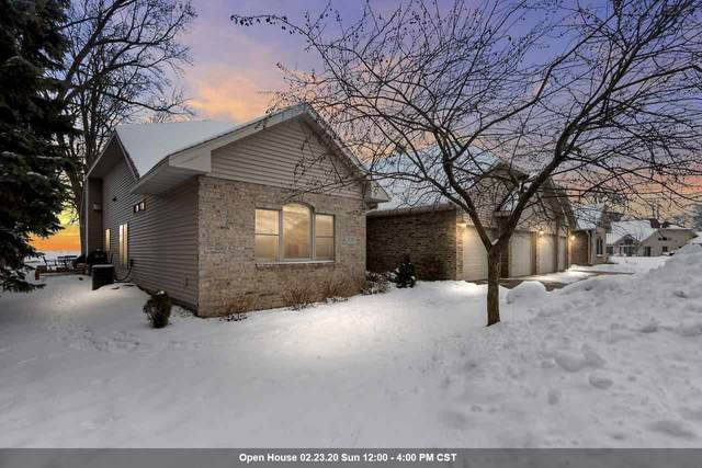 957 Brighton Drive, Menasha, WI 54952 (#50217459) :: Dallaire Realty