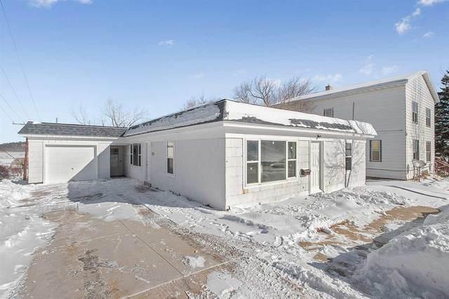 419 Ellis Street, Kewaunee, WI 54216 (#50217477) :: Todd Wiese Homeselling System, Inc.