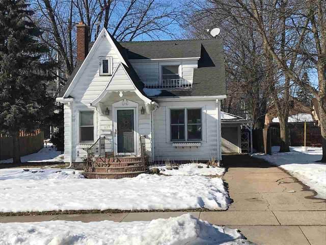 939 Wilson Street, Kaukauna, WI 54130 (#50217482) :: Todd Wiese Homeselling System, Inc.