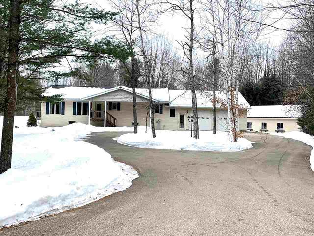 8185 Hwy V, Gillett, WI 54124 (#50217497) :: Todd Wiese Homeselling System, Inc.
