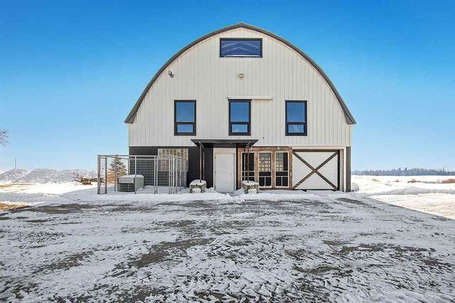 5332 Dickinson Road, De Pere, WI 54115 (#50217598) :: Todd Wiese Homeselling System, Inc.