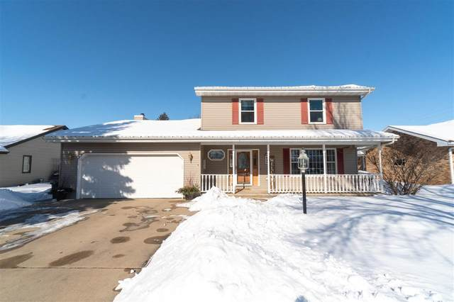 520 W 2ND Street, Kimberly, WI 54136 (#50217641) :: Todd Wiese Homeselling System, Inc.