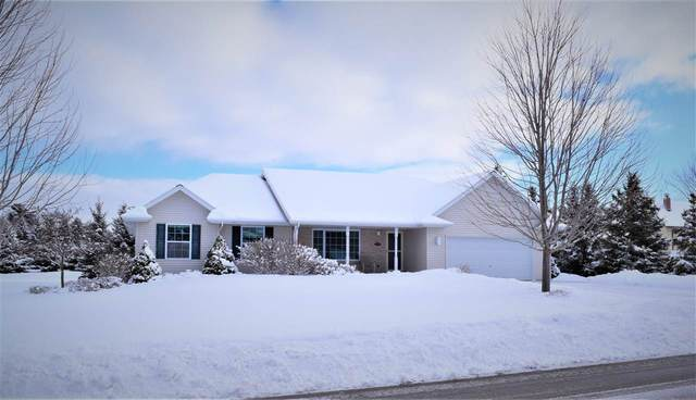 1779 Cady Lane, De Pere, WI 54115 (#50217657) :: Todd Wiese Homeselling System, Inc.