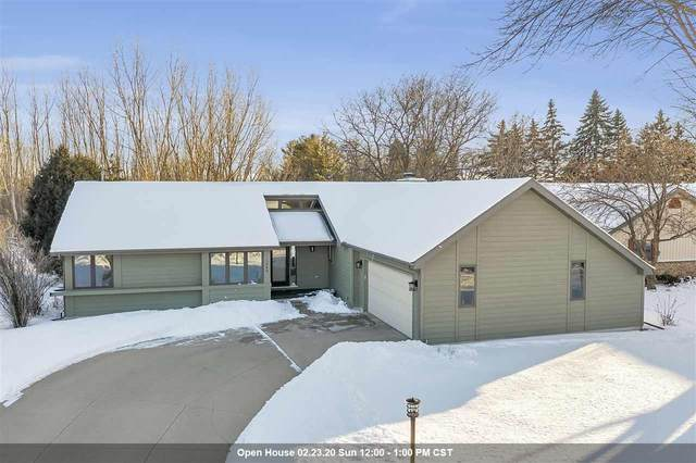 1049 Highland Park Road, Neenah, WI 54956 (#50217683) :: Dallaire Realty