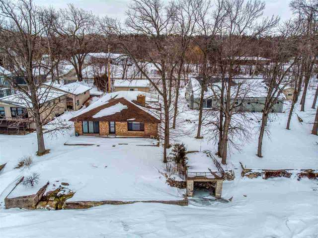 5015 Edgewater Beach Road, Green Bay, WI 54311 (#50217698) :: Todd Wiese Homeselling System, Inc.