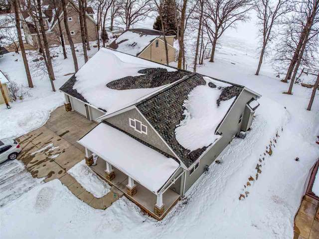 5011 Edgewater Beach Road, Green Bay, WI 54311 (#50217699) :: Todd Wiese Homeselling System, Inc.