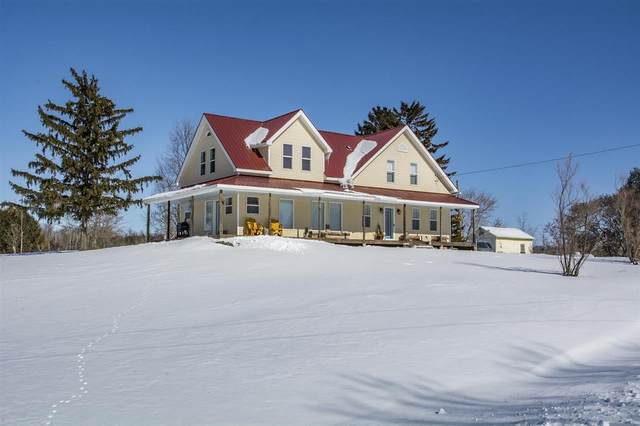5922 N Lake Road, Mishicot, WI 54228 (#50217703) :: Todd Wiese Homeselling System, Inc.
