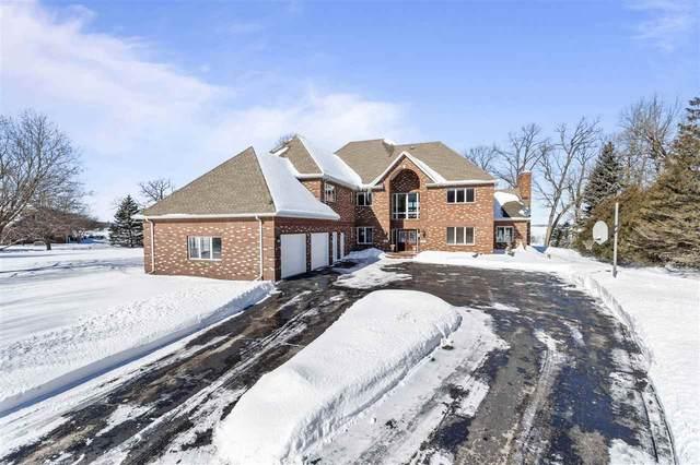 3050 Waldwic Lane, Oshkosh, WI 54904 (#50217715) :: Todd Wiese Homeselling System, Inc.