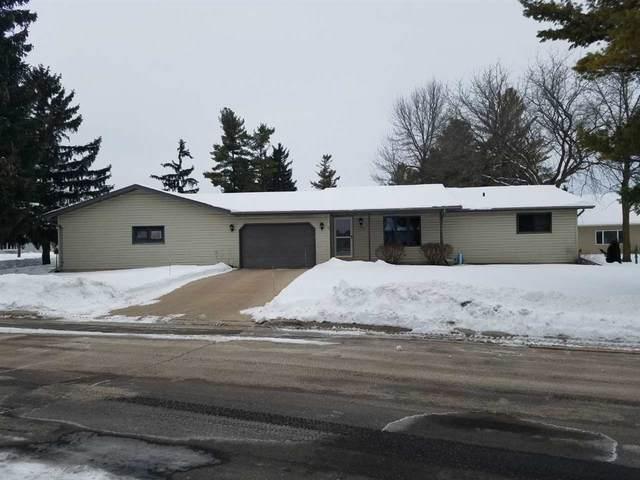 413 Woodridge Drive, Reedsville, WI 54230 (#50217722) :: Todd Wiese Homeselling System, Inc.