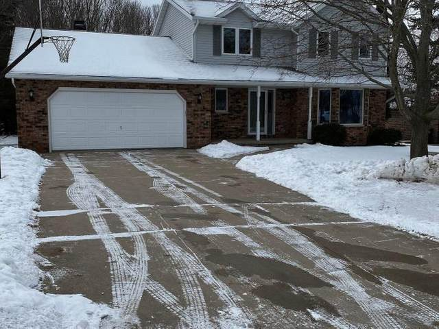 2476 Valley Heights Drive, Green Bay, WI 54311 (#50217787) :: Todd Wiese Homeselling System, Inc.