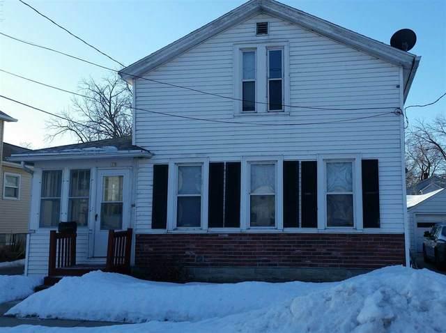 15 W 12TH Street, Oshkosh, WI 54902 (#50217878) :: Todd Wiese Homeselling System, Inc.