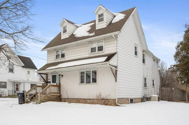 201 N Madison Street, Chilton, WI 53014 (#50217939) :: Todd Wiese Homeselling System, Inc.