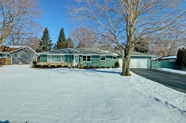 5806 Long Court, Appleton, WI 54914 (#50218150) :: Todd Wiese Homeselling System, Inc.