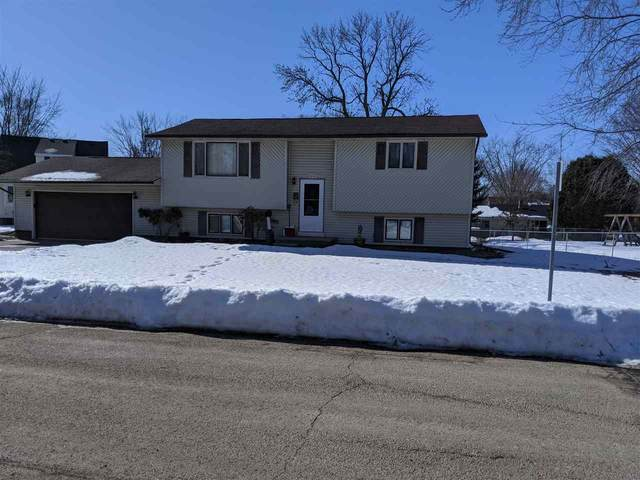 1515 Dexter Street, New London, WI 54961 (#50218176) :: Todd Wiese Homeselling System, Inc.