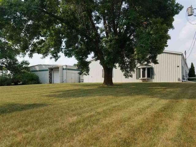 825 Prosper Street, De Pere, WI 54115 (#50218183) :: Todd Wiese Homeselling System, Inc.
