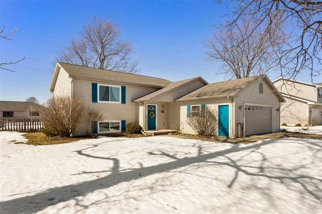 N9551 Clover Ridge Trail, Appleton, WI 54915 (#50218293) :: Todd Wiese Homeselling System, Inc.