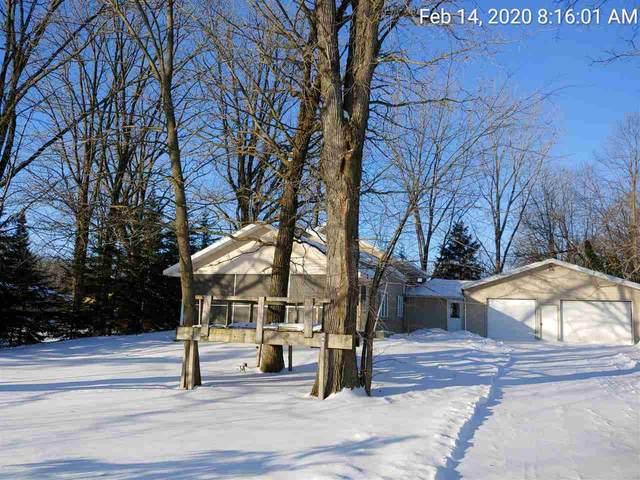 N6537 Laurmar Lane, Oneida, WI 54155 (#50218427) :: Todd Wiese Homeselling System, Inc.