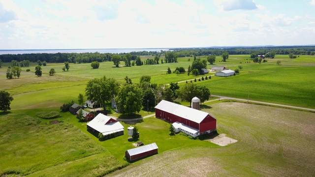 8038 Arrow Lane, Fremont, WI 54940 (#50218449) :: Todd Wiese Homeselling System, Inc.