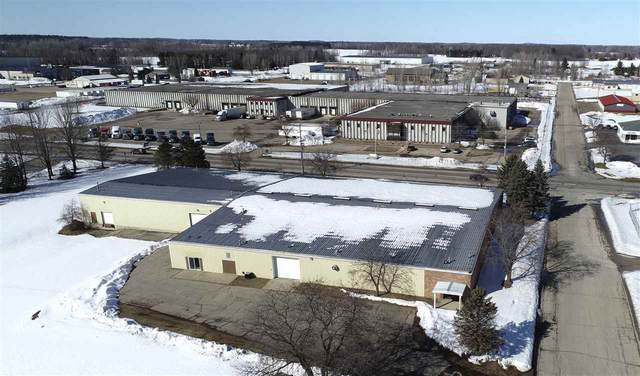 206 E Highland Drive, Oconto Falls, WI 54154 (#50218453) :: Todd Wiese Homeselling System, Inc.
