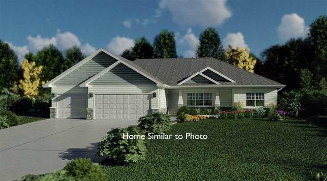8637 Franks Lane, Pulaski, WI 54162 (#50218455) :: Todd Wiese Homeselling System, Inc.