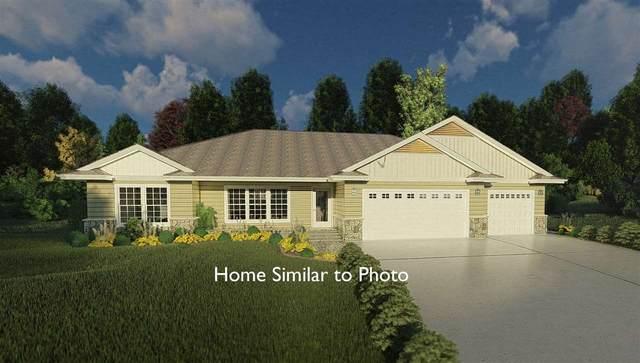 8663 Franks Lane, Pulaski, WI 54162 (#50218460) :: Todd Wiese Homeselling System, Inc.