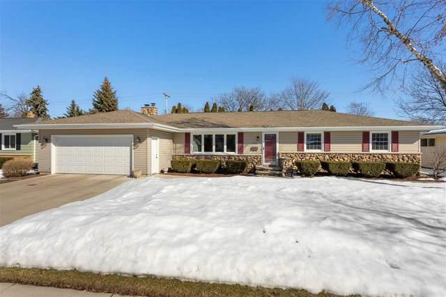 1608 N Linwood Avenue, Appleton, WI 54914 (#50218531) :: Todd Wiese Homeselling System, Inc.