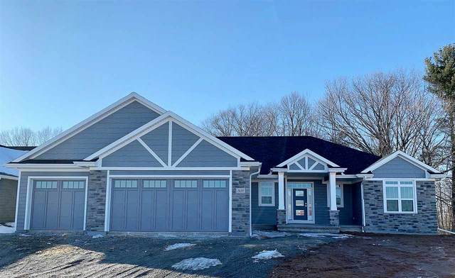 1659 Spencers Crossing, Green Bay, WI 54313 (#50218563) :: Todd Wiese Homeselling System, Inc.