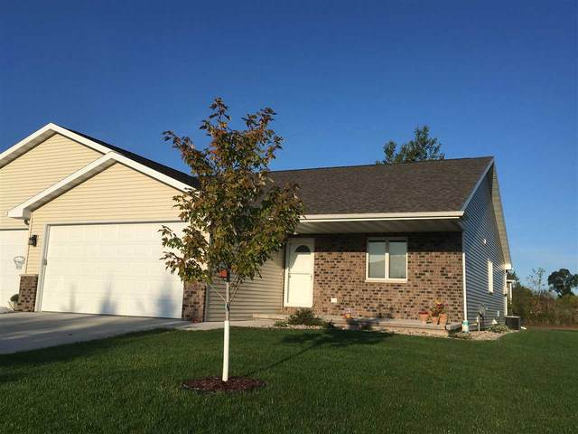 809 S Mill Street, Hortonville, WI 54944 (#50218592) :: Todd Wiese Homeselling System, Inc.