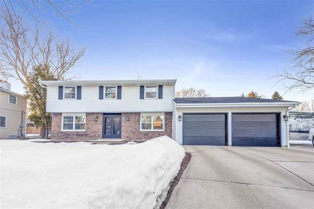 731 E Briar Lane, Green Bay, WI 54301 (#50218600) :: Todd Wiese Homeselling System, Inc.