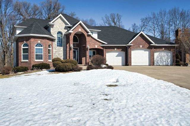 113 Parkway Drive, Combined Locks, WI 54113 (#50218677) :: Dallaire Realty