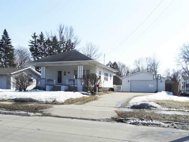 1904 Deckner Avenue, Green Bay, WI 54302 (#50218697) :: Todd Wiese Homeselling System, Inc.
