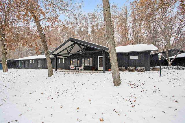 E8269 Collier Road, New London, WI 54961 (#50218730) :: Todd Wiese Homeselling System, Inc.