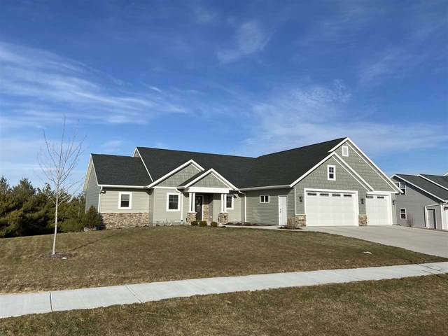 N1134 Glennview Drive, Greenville, WI 54942 (#50218749) :: Todd Wiese Homeselling System, Inc.
