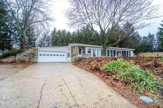 W10168 Ridge Road, Hortonville, WI 54944 (#50218792) :: Symes Realty, LLC