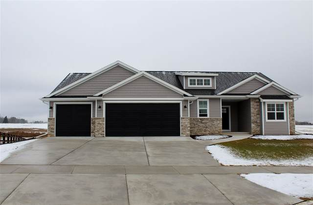 1720 Steiner Lane, Green Bay, WI 54313 (#50218807) :: Todd Wiese Homeselling System, Inc.