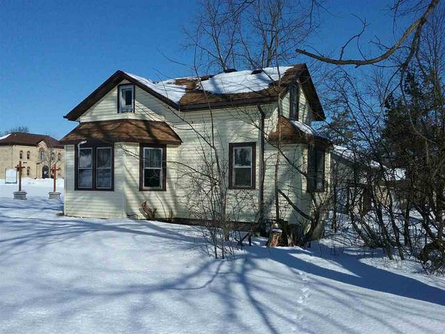 1616 Barton Avenue, West Bend, WI 53090 (#50218857) :: Todd Wiese Homeselling System, Inc.