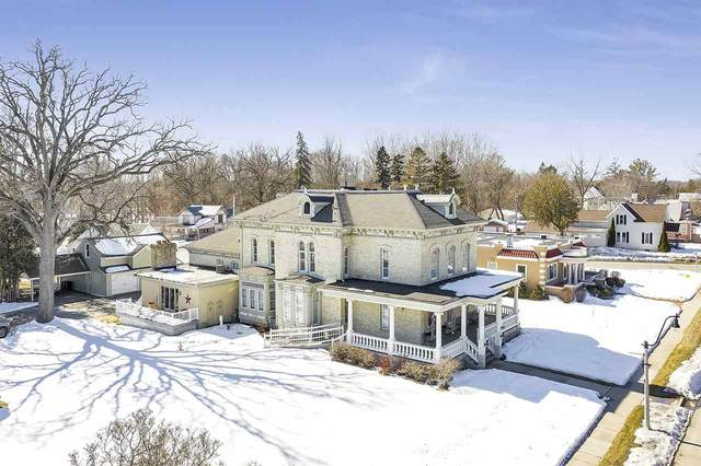 610 Main Street, Oconto, WI 54153 (#50218866) :: Todd Wiese Homeselling System, Inc.