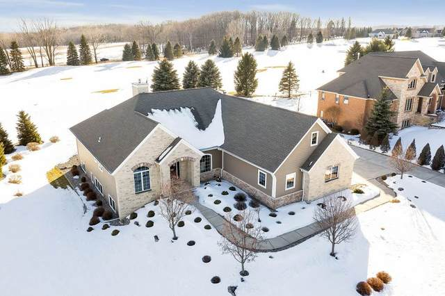 1321 S Sedona Circle, Oneida, WI 54155 (#50218868) :: Todd Wiese Homeselling System, Inc.