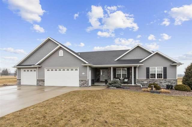 8042 Coleman Ridge, Neenah, WI 54956 (#50218932) :: Todd Wiese Homeselling System, Inc.