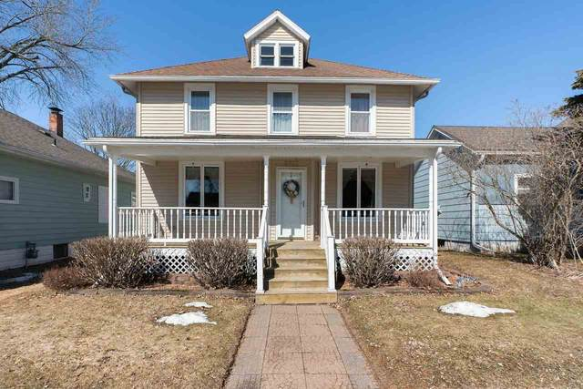 5862 Main Street, Abrams, WI 54101 (#50219007) :: Todd Wiese Homeselling System, Inc.