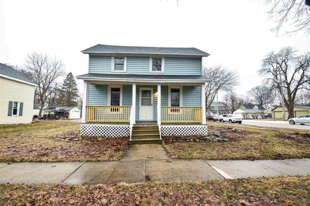 202 N Superior Street, De Pere, WI 54115 (#50219036) :: Todd Wiese Homeselling System, Inc.