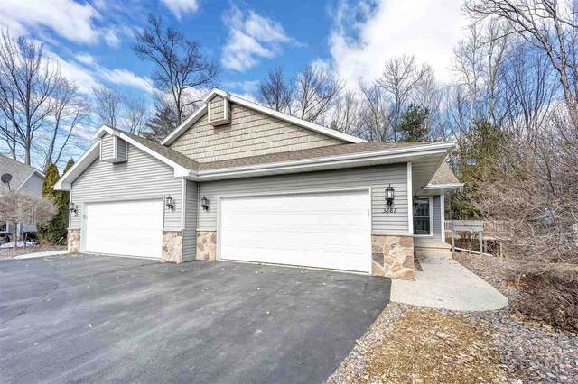 3687 Nordic Court, Suamico, WI 54173 (#50219066) :: Todd Wiese Homeselling System, Inc.
