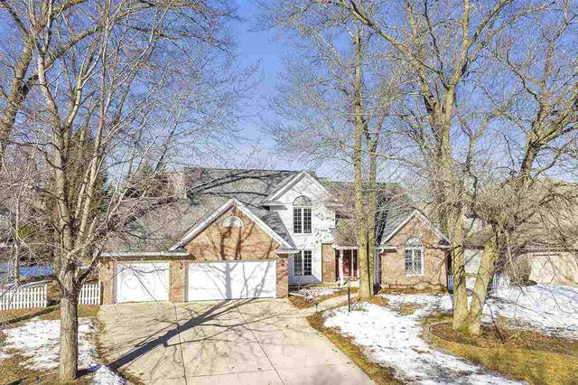 1970 E Telemark Circle, Green Bay, WI 54313 (#50219074) :: Todd Wiese Homeselling System, Inc.